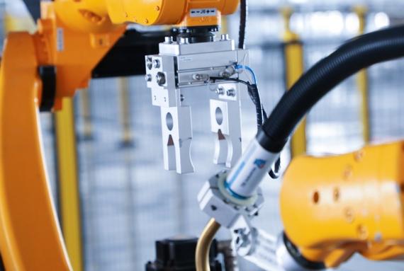 注塑机械手的四种运动形式有什么特点?